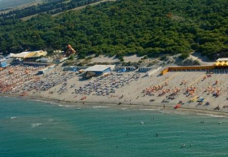 39_alimini_spiaggia.jpg