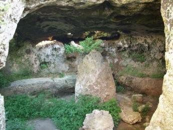 43_cutrofiano-grotta.jpg