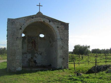 43_cutrofiano_chiesa_rupestre.jpg