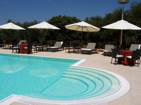 100_gallipoli-resort_2_piscina.jpg