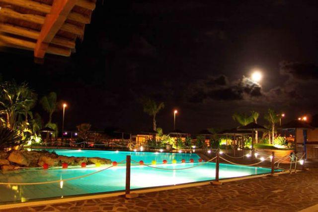 114_punta-grossa-hotel-residence-porto-cesareo_piscina-compartob.jpg