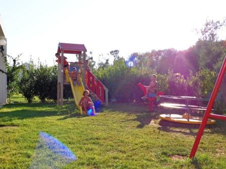 12_blumare-club-village--_parco_giochi.jpg