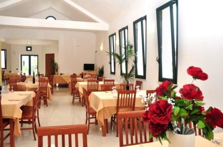 12_blumare-club-village--_ristorante.jpg