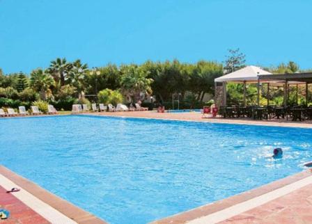 Riva degli angeli hotel villaggio porto cesareo lecce puglia - Residence puglia mare con piscina ...