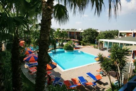 136_sairon-club-hotel_villaggio_sairon_torre_dell_orso_piscina.jpg