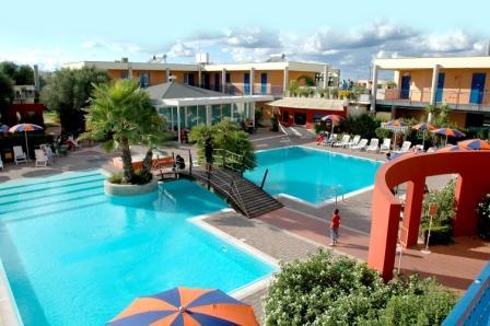 136_sairon-club-hotel_villaggio_sairon_torre_dell_orso_piscina2.jpg
