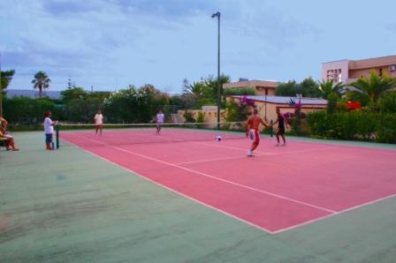 136_sairon-club-hotel_villaggio_sairon_torre_dell_orso_tennis.jpg