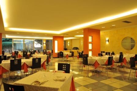 13_cala-saracena-family-club-residence_ristorante.jpg