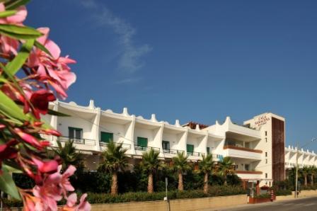 13_cala-saracena-family-club-residence_vista_esterno.jpg