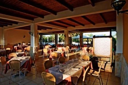 15_villaggio-club-residenza-torre-rinalda-_villaggio_torre_rinalda_ristorante.jpg