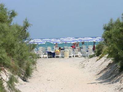 15_villaggio-club-residenza-torre-rinalda-_villaggio_torre_rinalda_spiaggia.jpg