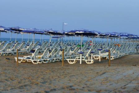 15_villaggio-club-residenza-torre-rinalda-_villaggio_torre_rinalda_spiaggia_2.jpg