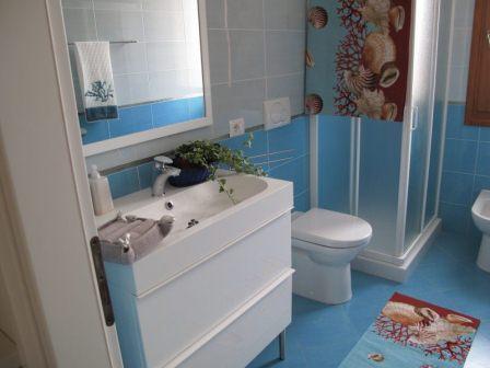167_le-cenate-residence-garden_residence_le_cenate_garden_bagno_bilocale.jpg