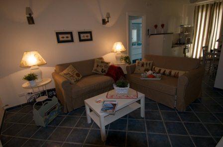 167_le-cenate-residence-garden_residence_le_cenate_garden_soggiorno_bilocale.jpg