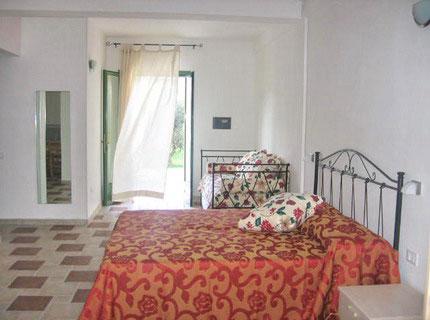 180_family-village-residence_camera.jpg