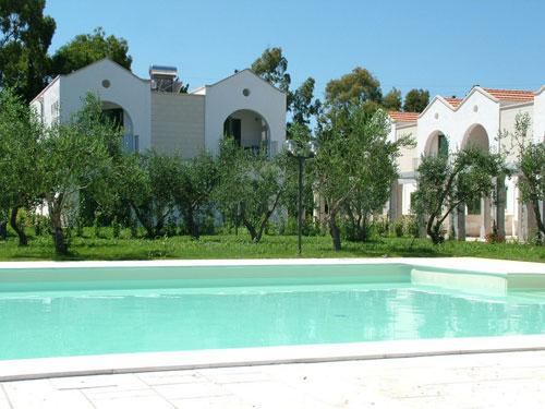 Family village residence frassanito puglia - Residence puglia mare con piscina ...