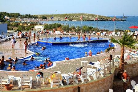 La giara villaggio camping vieste foggia puglia - Residence puglia mare con piscina ...