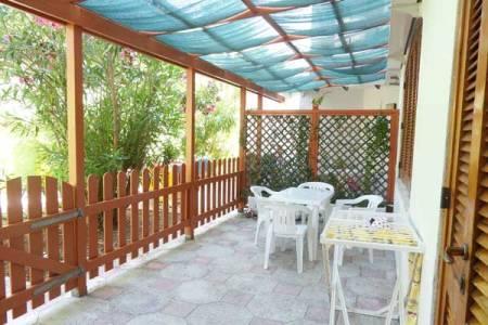 18_campoverde-club-residence_bilocale5easy_patio.jpg