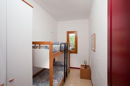18_campoverde-club-residence_villaggio_campoverde_cameretta_trilo_d.jpg