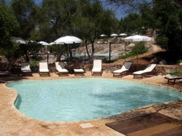19_masseria-rottacapozza_piscina.jpg