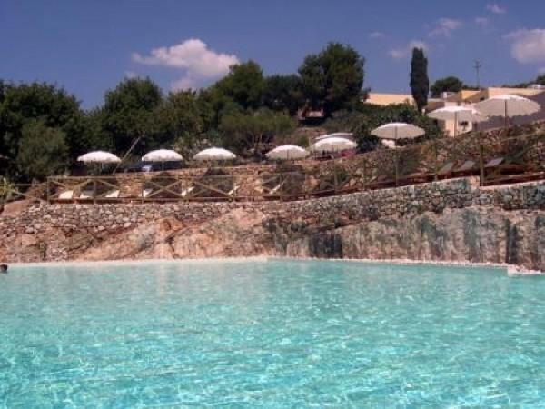 19_masseria-rottacapozza_piscina2.jpg