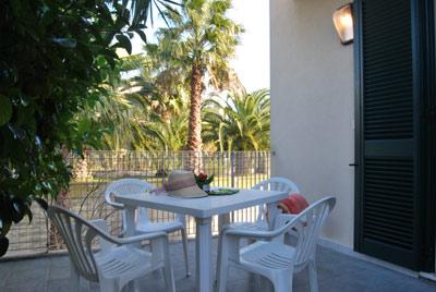 1_residence-vaia_residence_vaia_balcone_bilo.jpg