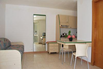 1_residence-vaia_residence_vaia_mono_soggiorno4.jpg