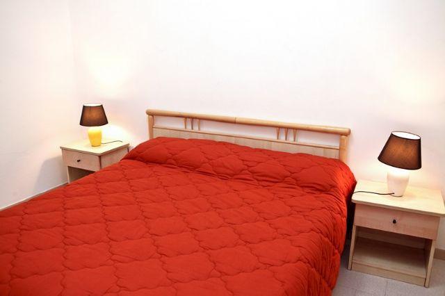 200_appartamenti-sparsi-baia-verde_appartamenti_gallipoli_camera.jpg