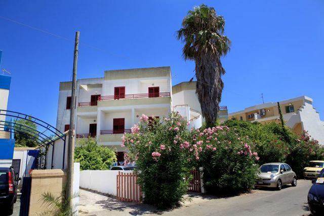 200_appartamenti-sparsi-baia-verde_appartamenti_gallipoli_esterni3.jpg