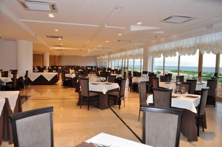 208_hotel-scoglio-degli-achei_10_sala.ristorante.jpg