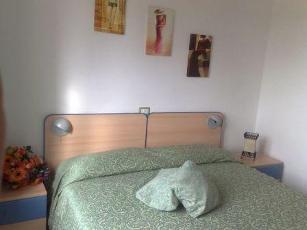 208_hotel-scoglio-degli-achei_2.camera_da_letto.jpg