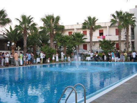 20_villaggio-poseidone_villaggio_hotel_poseidone_party.jpg