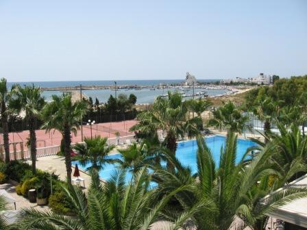 20_villaggio-poseidone_villaggio_hotel_poseidone_piscina_tennis.jpg