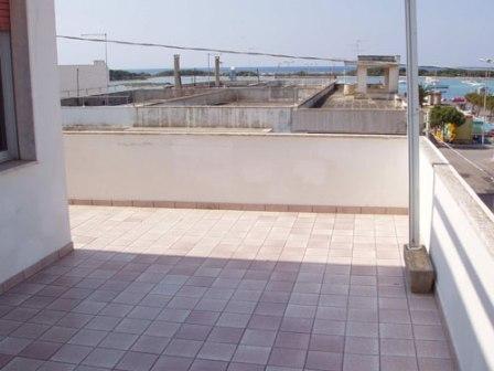 210_appartamenti-in-via-monti_monti_balcone_vista_mare.jpg