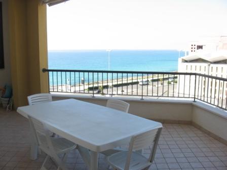 213_residence-rosa-virginia_balcone_trilo_scala3.jpg