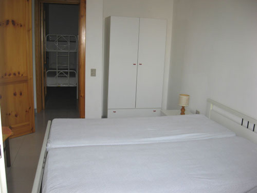214_appartamento-baia-verde--via-glicine_camera_da_letto.jpg