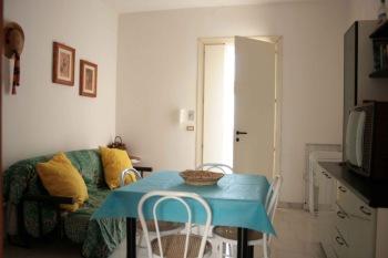 218_trilocale-le-mimose-_soggiornomatrimoniale_1.jpg