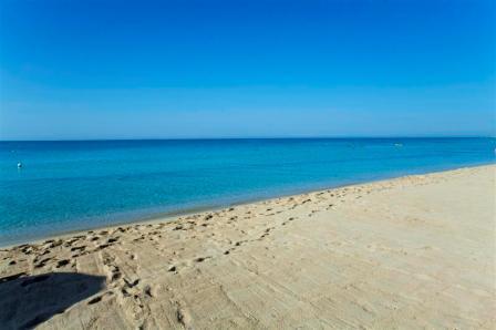 224_ravezzo-beach-hotel_spiaggia.jpg