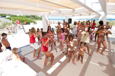 226_rosa-marina-resort_baby_dance.jpg