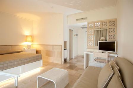226_rosa-marina-resort_camera_tv.jpg
