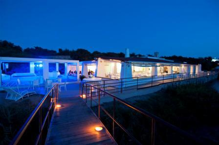 226_rosa-marina-resort_ristorante_spiaggia.jpg