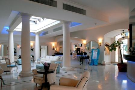227_hotel-il-gabbiano_hall.jpg
