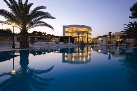 227_hotel-il-gabbiano_serale-piscina.jpg