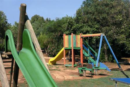 228_meditur-village--residence_villaggio_meditur_carovigno_parco_giochi.jpg