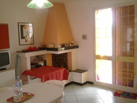 229_padula-bianca-villetta-palmira_villetta-a-gallipoli-soggiorno1.jpg