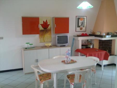 229_padula-bianca-villetta-palmira_villetta_a_gallipoli-soggiorno.jpg