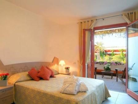 238_calane-family-hotel-village_calane_villaggio_castellaneta_camera2.jpg