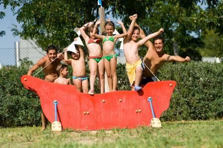 238_calane-family-hotel-village_calane_villaggio_castellaneta_parco_giochi.jpg