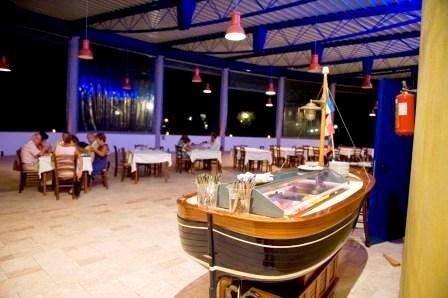 23_the-village-salento_the-village-torre-dell-orso-ristorante.jpg