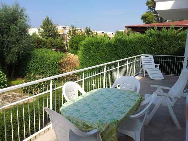 240_villetta-degli-ulivi-porto-cesareo_giardino_villetta_ulivi3.jpg